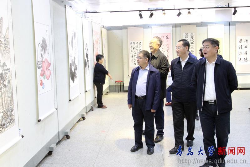 青大举办2018年廉政文化作品展